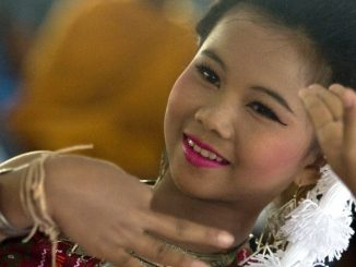 Thai dance and music