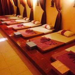 Salle de massages traditionels thai et de massage thérapeutiques